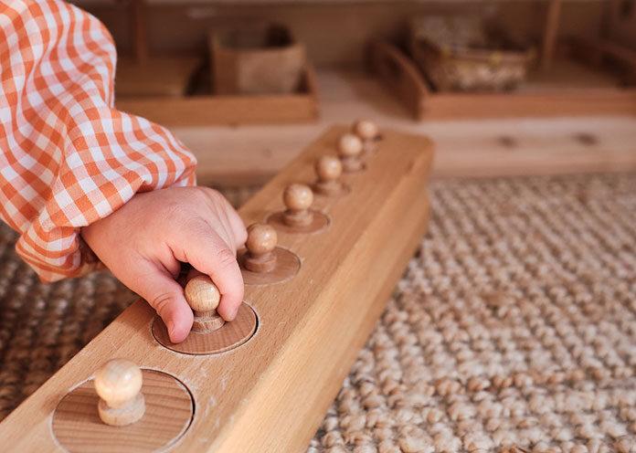 Jakie zabawki Montessori wybrać dla dziecka